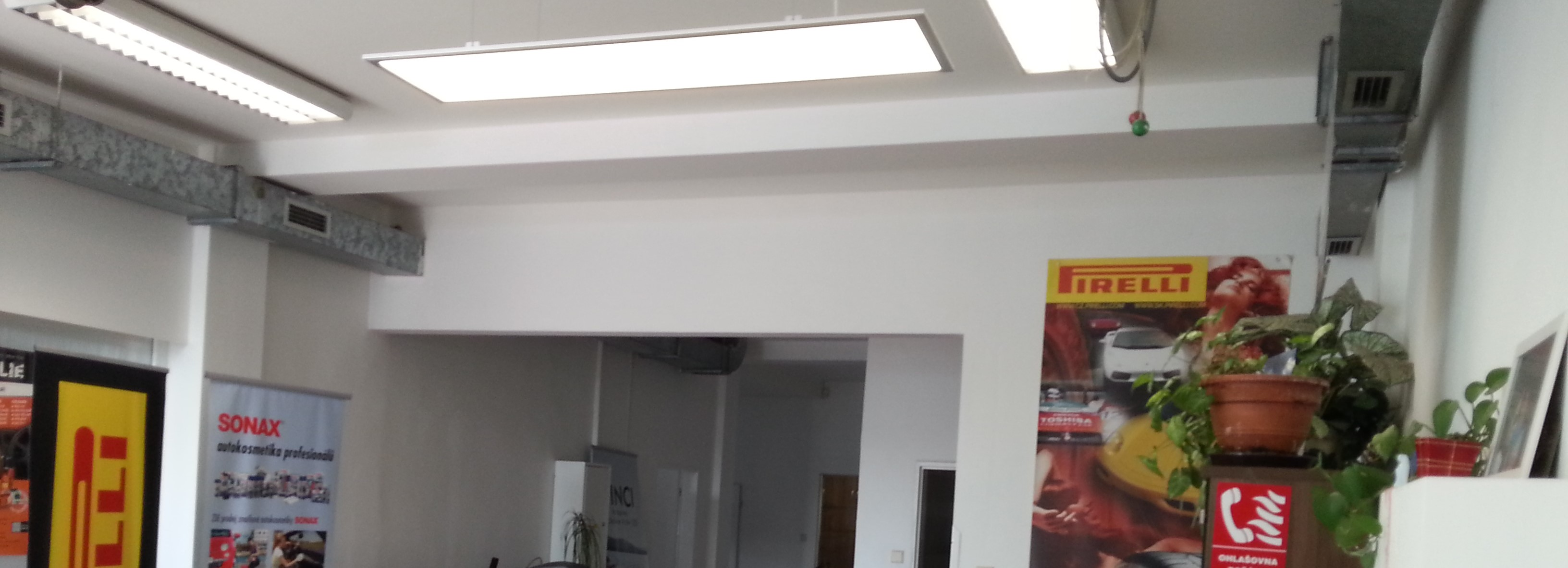 instalace_led_svetel_autoservis_osvetleni_praha_toplux