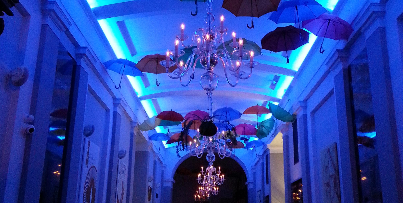 LED_barebny_pasek_montaz_restaurace_zmena_barvy_ovladani_rychla_montaz